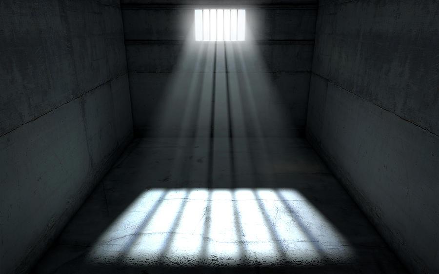 6-sunshine-shining-in-prison-cell-window-allan-swart