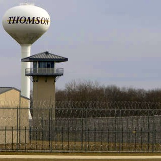 Thomson Correctional Center in Thomson, Illinois (Photo: suntimes.com)