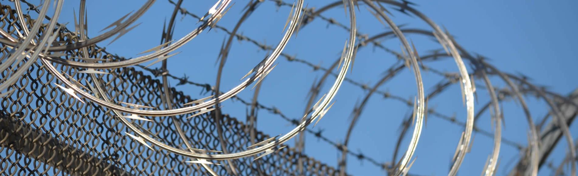 razor wire wide